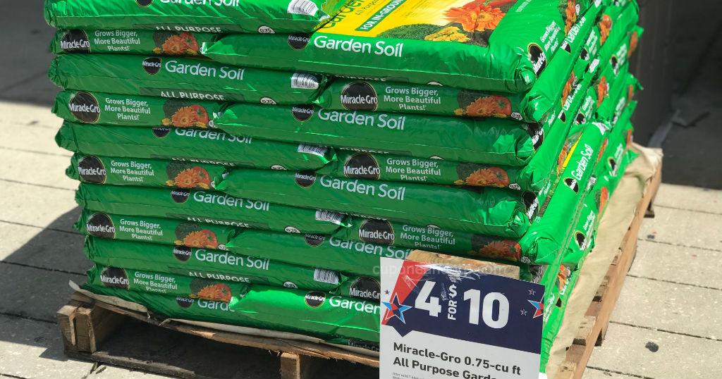 Miracle-Gro All Purpose Garden Soil a solo $2.50 en Lowe's