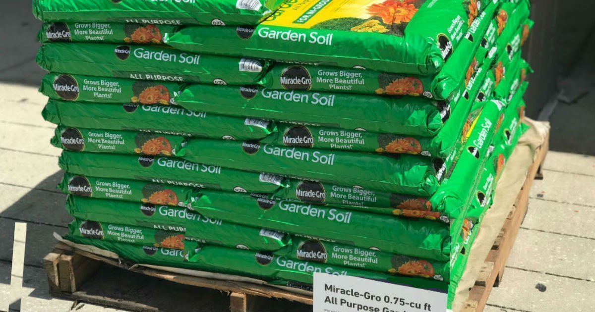 Miracle-Gro All Purpose Garden Soil SOLO $1.98 en Home Depot