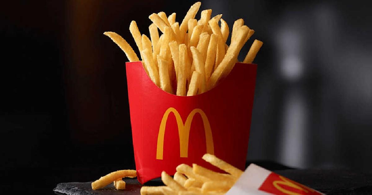 Papas Medianas McDonald's GRATIS con la Compra de $1