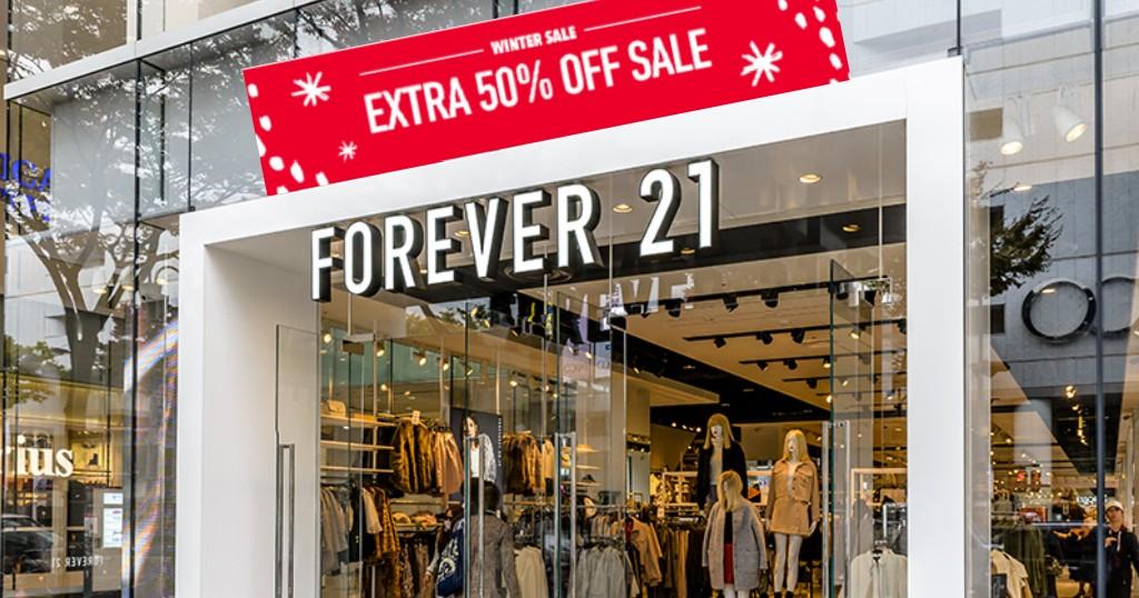 Forever21 tiene un 50% de DESCUENTO