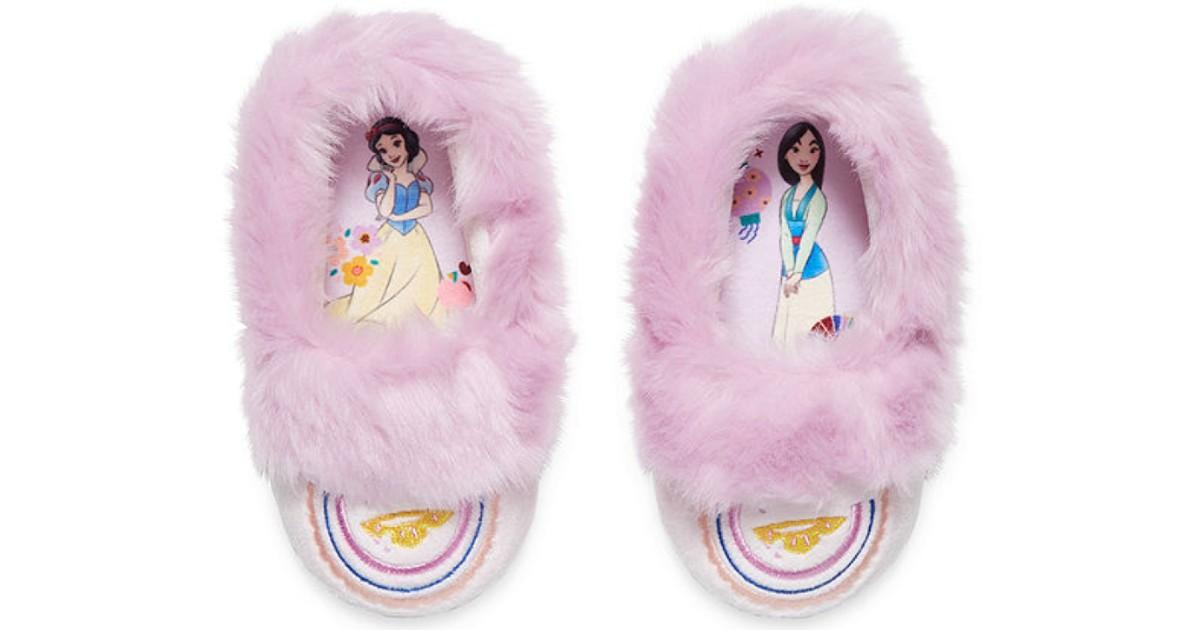 Lee más sobre el artículo Disney Princess Girls Slip-On Slippers SOLO $7.20 (Reg $12)